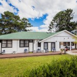 Mowbray Park FarmStay - Majellan Lodge Front